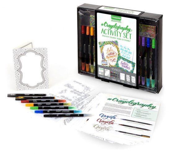 Crayola 040346 Signature Crayoligraphy Activity Set